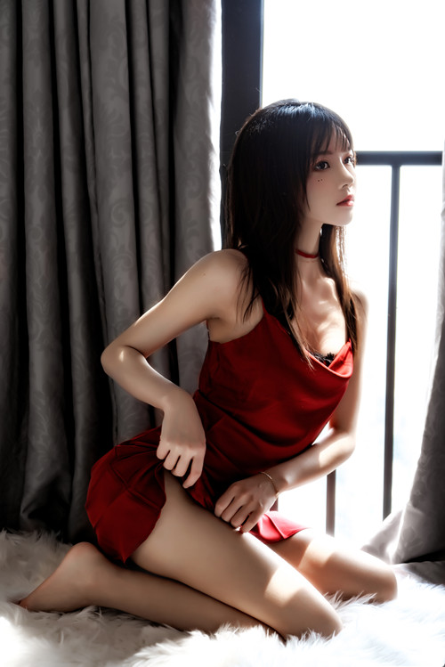 桜桃喵 – 千丝万缕的红 [69P/1.55GB]