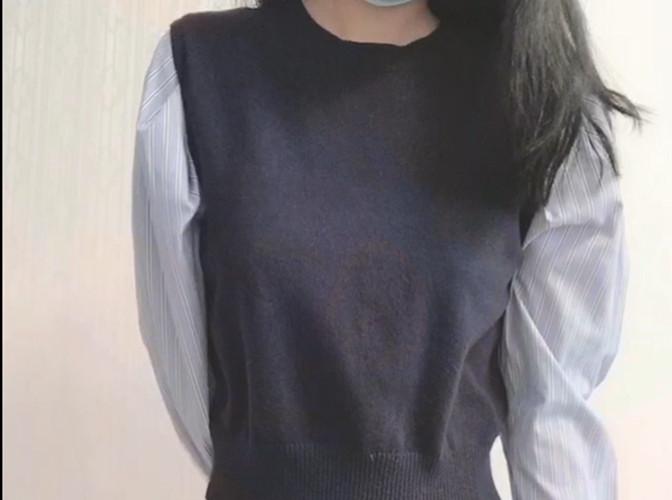 仙仙小草莓-原版蓝色短裙[1V/1.03G]